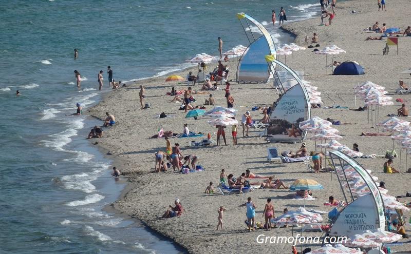 Отлив на чуждестранни туристи от морските ни курорти за празничните дни