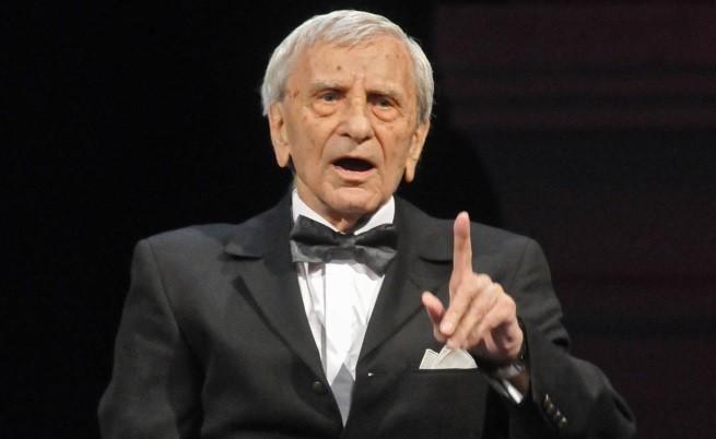 Почина Петко Бочаров