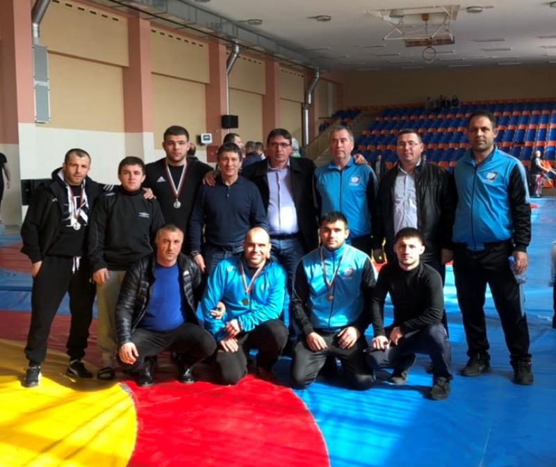 Руен обра медалите от Републиканското първенство по свободна борба