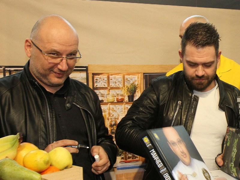 Лефер с доматен сос от шеф Манчев