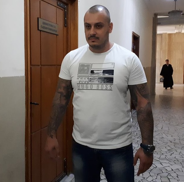 Пробация за Петър Биберов, нападнал бургаски фоторепортер