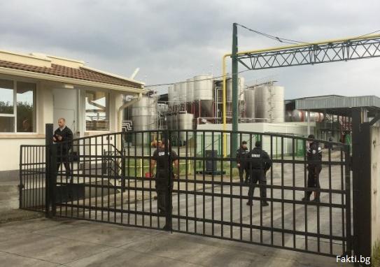 Спец прокуратурата ще поиска днес постоянен арест за Миню Стайков и компания