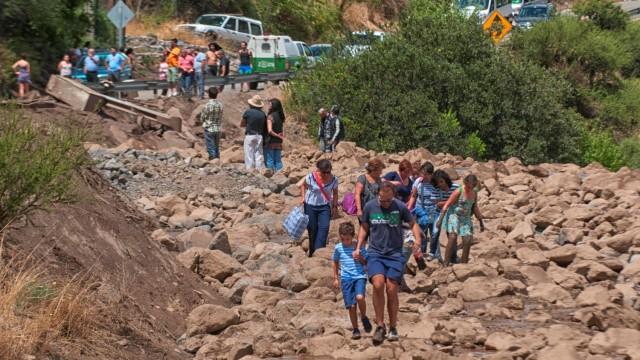 Четири жертви заради наводнения и проливни дъждове в Чили