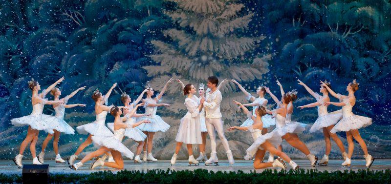 Руският държавен балет на лед представя два спектакъла в Бургас