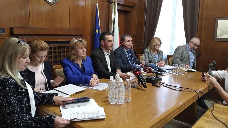 Три обществени обсъждания на бюджета на Бургас