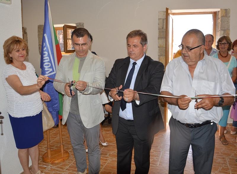 Симеон Дянков и Божидар Димитров откриха новия Център за изкуства в Созопол