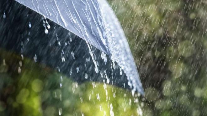Интензивни валежи в страната в първите дни от новата седмица
