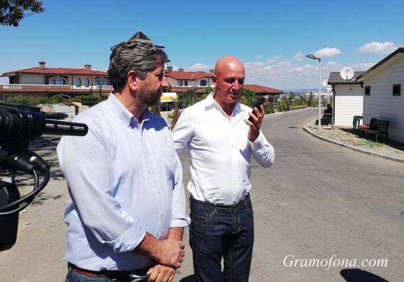 Изненада: Христо Иванов отиде да инспектира оградата в Росенец, но не я намери