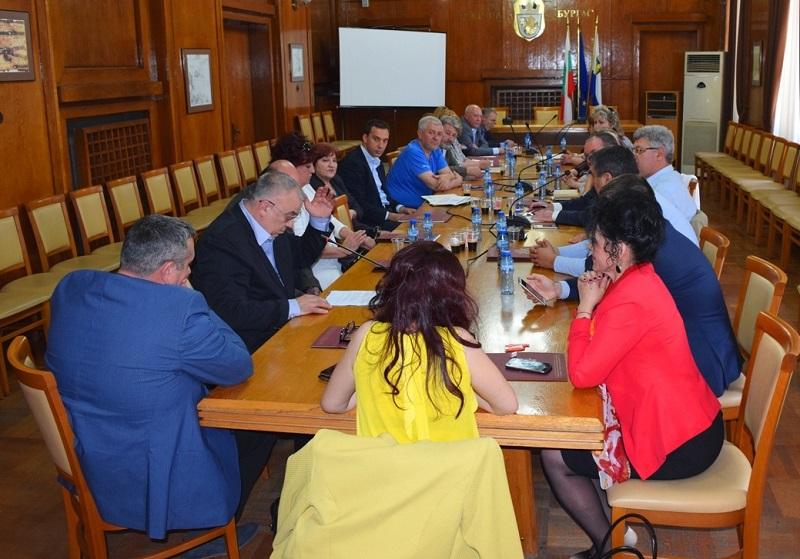 МБАЛ Бургас и Александровска болница с общ проект