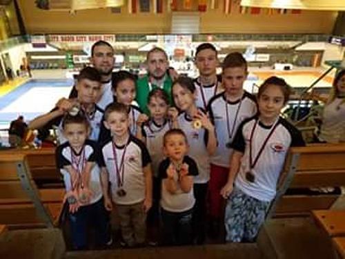 Бургаски каратеки се завърнаха с 18 медала от Словения