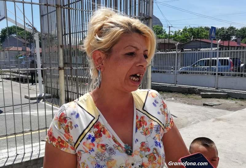 Майка на 8 деца от Бургас: Гласувам, за да ни пуснат водата
