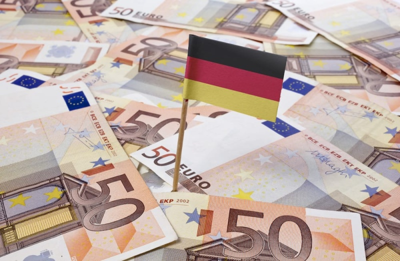 Дават универсален основен доход от 1200 евро в Германия   Грамофона - новини от Бургас, България и света.