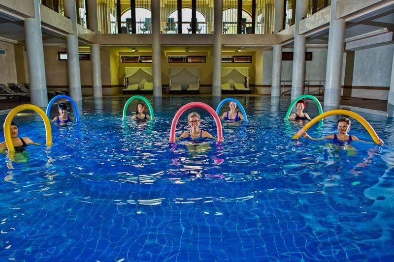 Погрижете се за добрата си форма и самочувствие - с йога, бокс или водна гимнастика