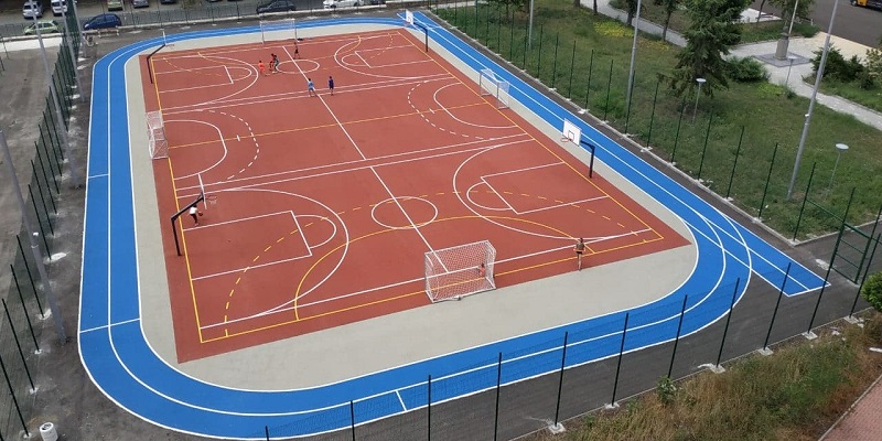 Отварят обновените училищни дворове за любителски спорт