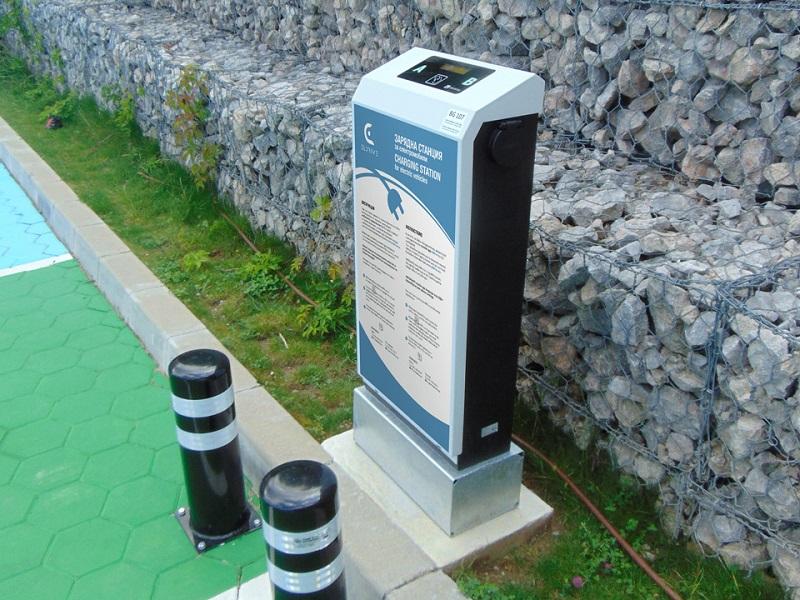 Изграждат 50 зарядни станции за електромобили в Бургас