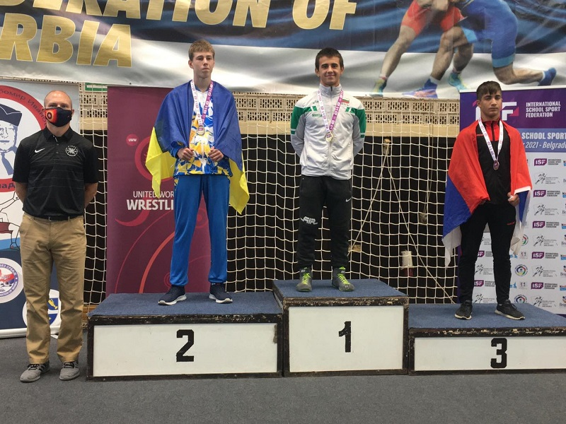 Ердал Галип от Руен стана световен шампион по борба за ученици