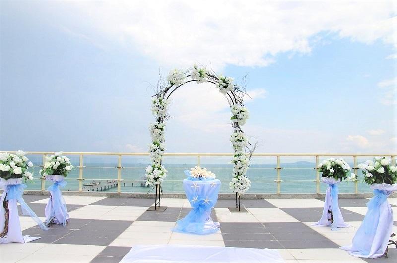 27 бургаски двойки сключват брак на 08.08.2018 и 18.08.2018