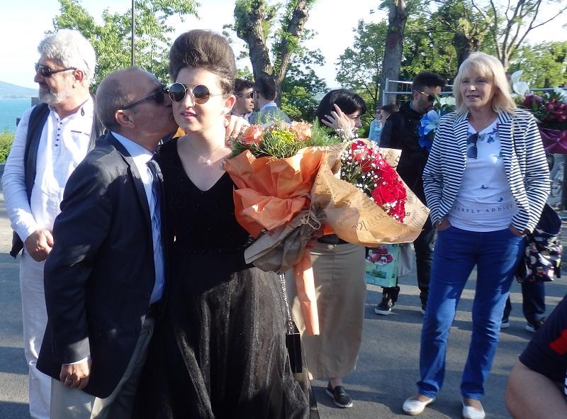 Съдия Захарин Захариев с дъщеря абитуриентка