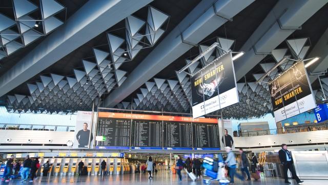 Евакуираха терминал на летището във Франкфурт