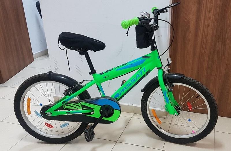Хванаха крадец на детско колело, не казва от къде го е взел