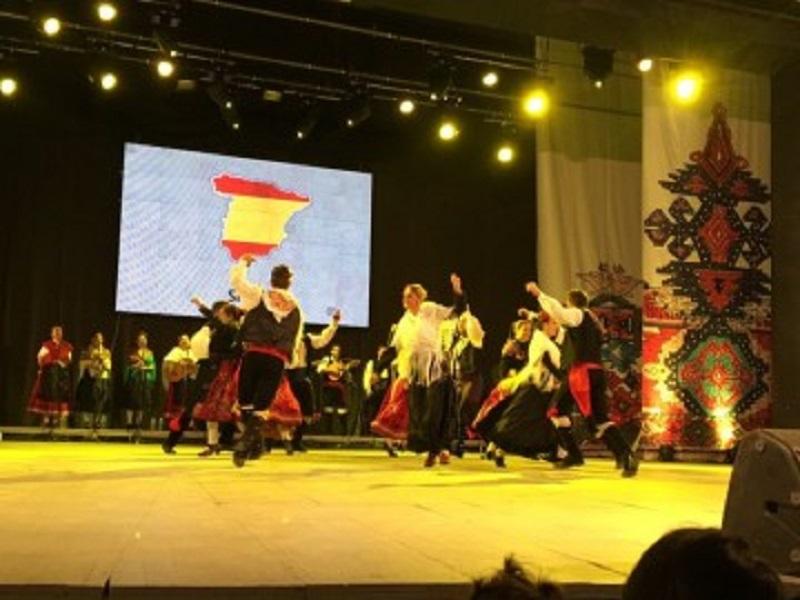 Съставите от Полша, Косово и Нигерия представят творчеството си тази вечер
