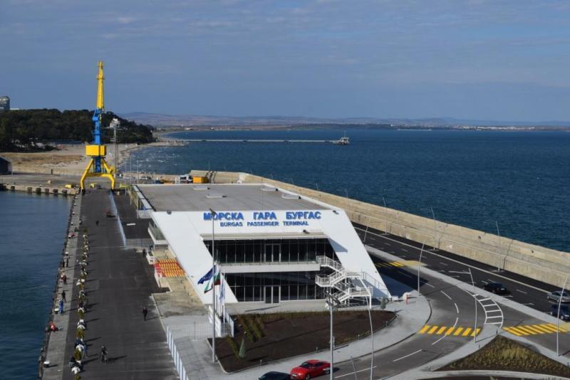 Бургаското пристанище обявява конкурс