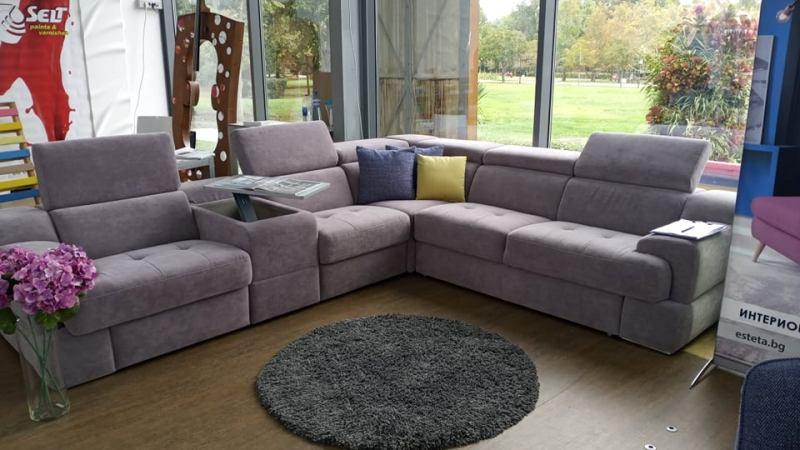 Най-продаваният диван в Австрия и Германия  - на изложение в Бургас