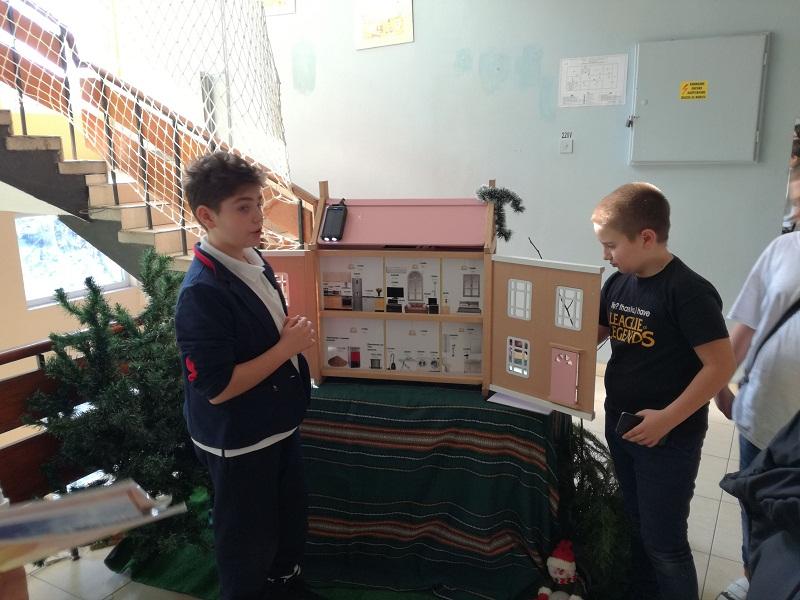 """Бургаски училища реализираха впечатляващи """"зелени"""" проекти с подкрепата на Кроношпан"""